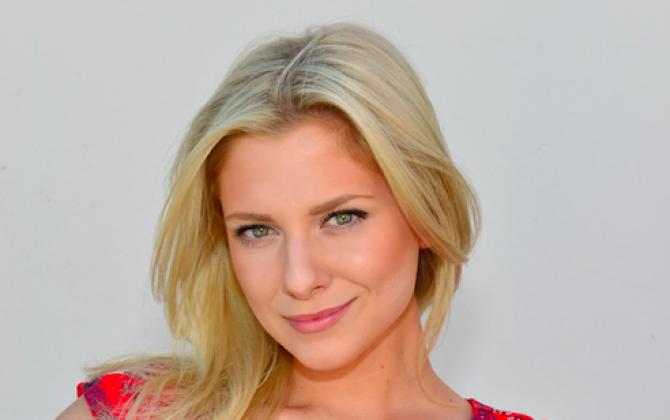 Valentina Pahde im Interview – Frisch verliebt und überglücklich