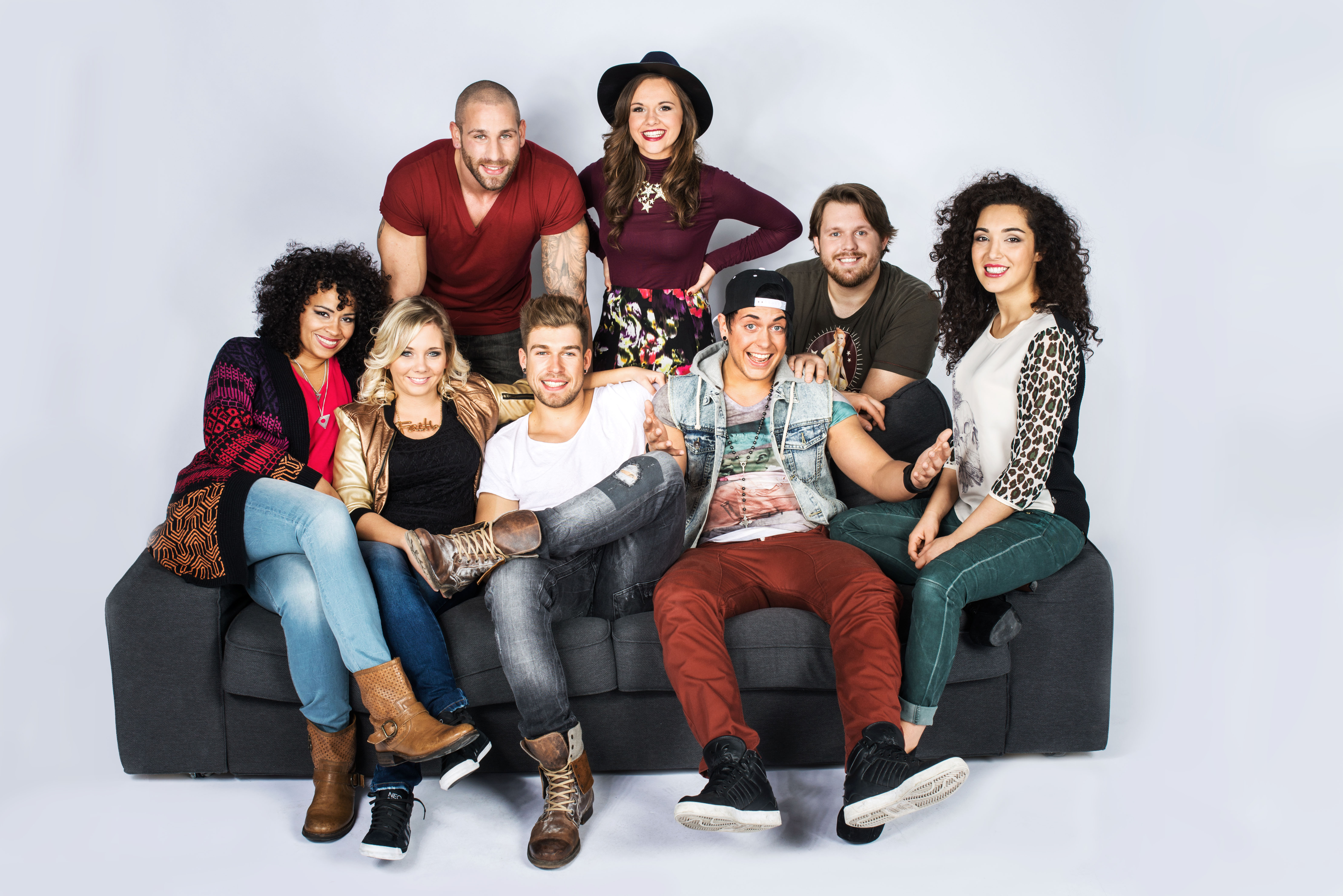 oben, v.l.n.r.: Patrick, Anna, Jan; unten v.l.n.r.: Sam, Chantal, Chris, Kevin, Joleen (Quelle: RTL2)