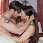 Traumsequenz: Henning (Benjamin Kiss) hat in seiner Fantasie wilden Sex mit Ricarda Schätzke (Anna Lena Class). (Quelle: RTL / Stefan Behrens)