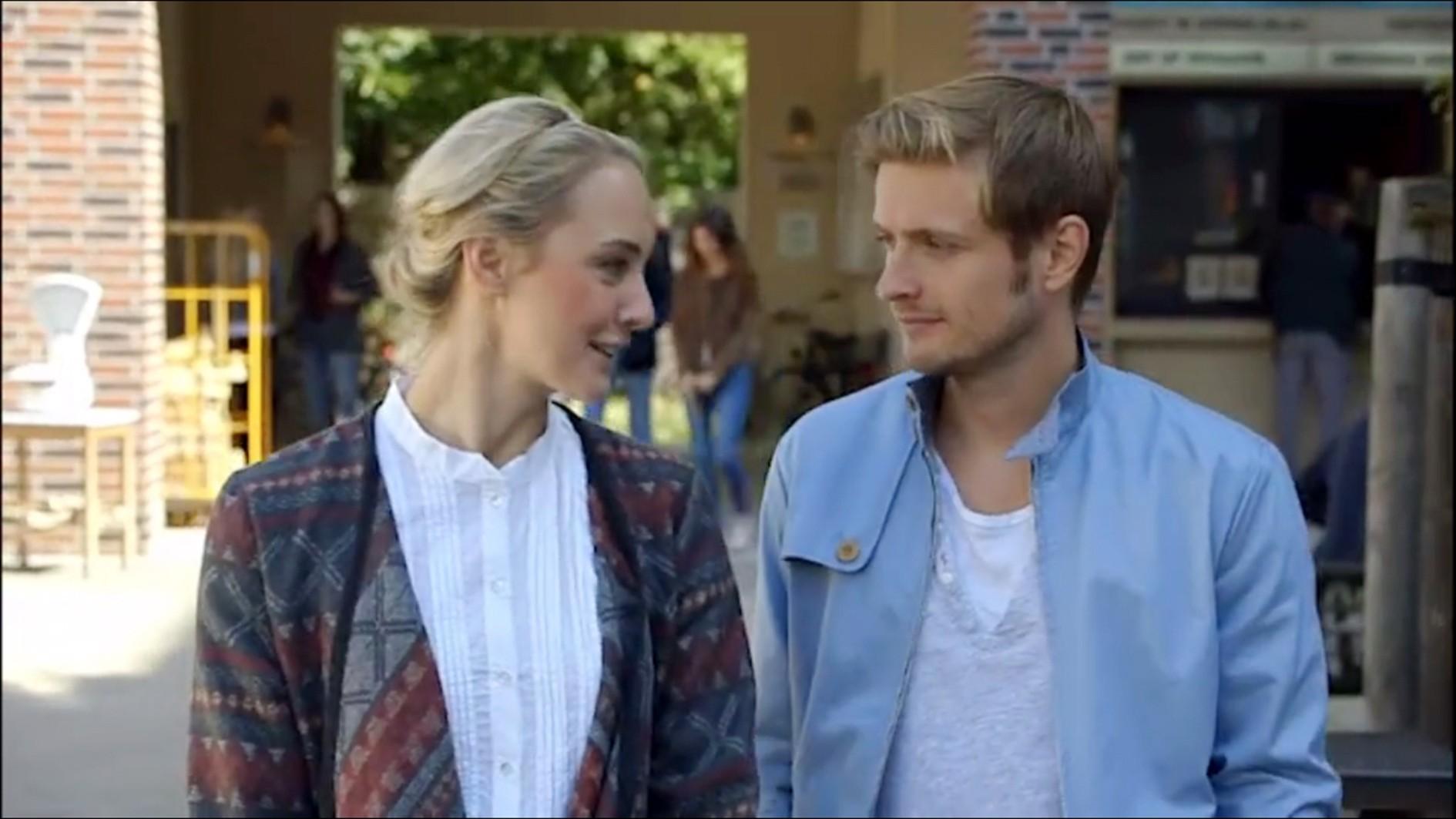 Maja Brünning (Anne-Catrin Märzke) und Philip (Jörn Schlönvoigt)