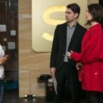 Veit (Carsten Clemens) kann im letzten Moment verhindern, dass Pia (Isabell Horn, l.) ihre Affäre mit Veit vor Jenny (Kaja Schmidt-Tychsen) auffliegen lässt... (Quelle: RTL / Kai Schulz)