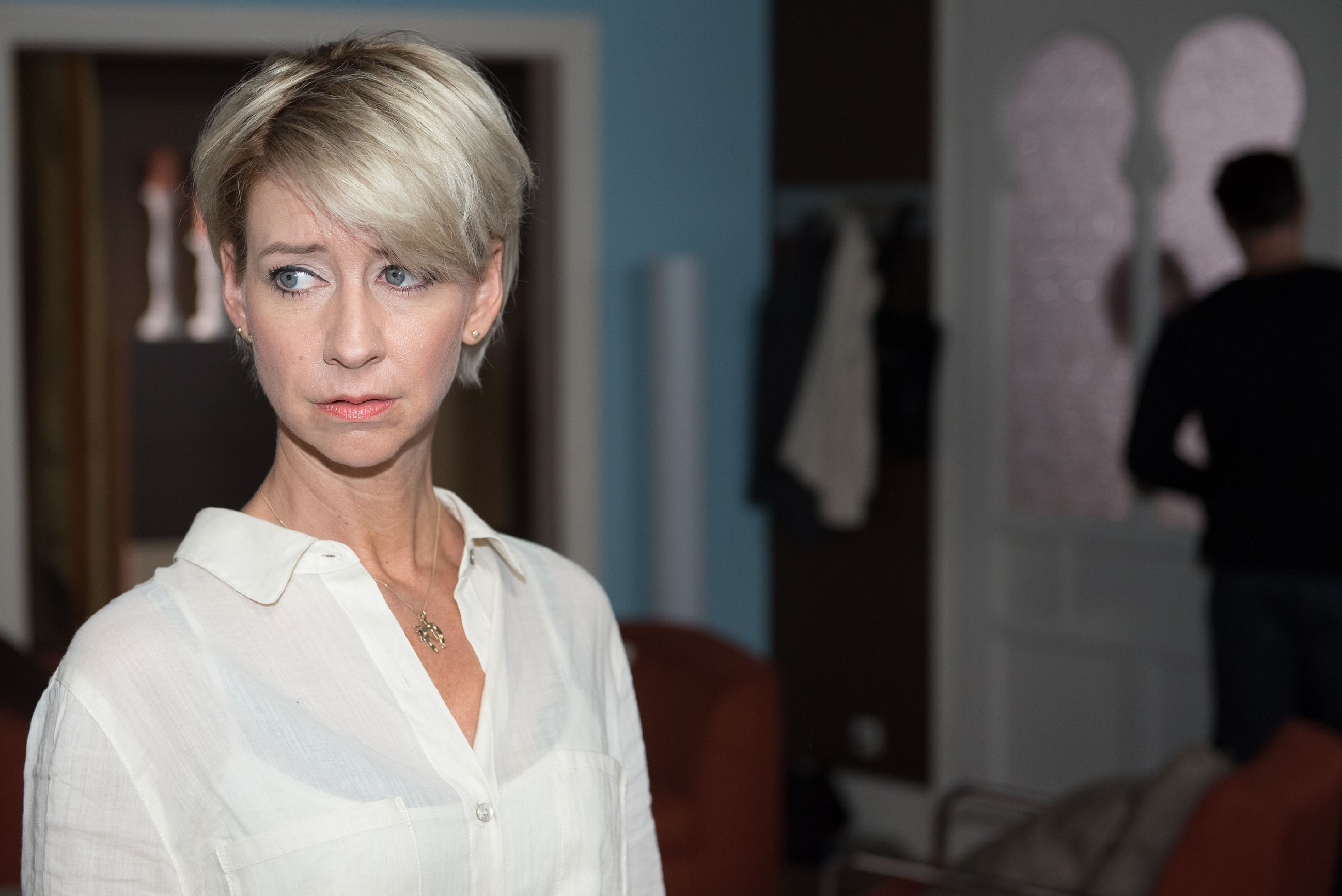 Ute (Isabell Hertel) ist verletzt, als Henning behauptet, sich von ihr unter Druck gesetzt zu fühlen. (Quelle: RTL / Stefan Behrens)