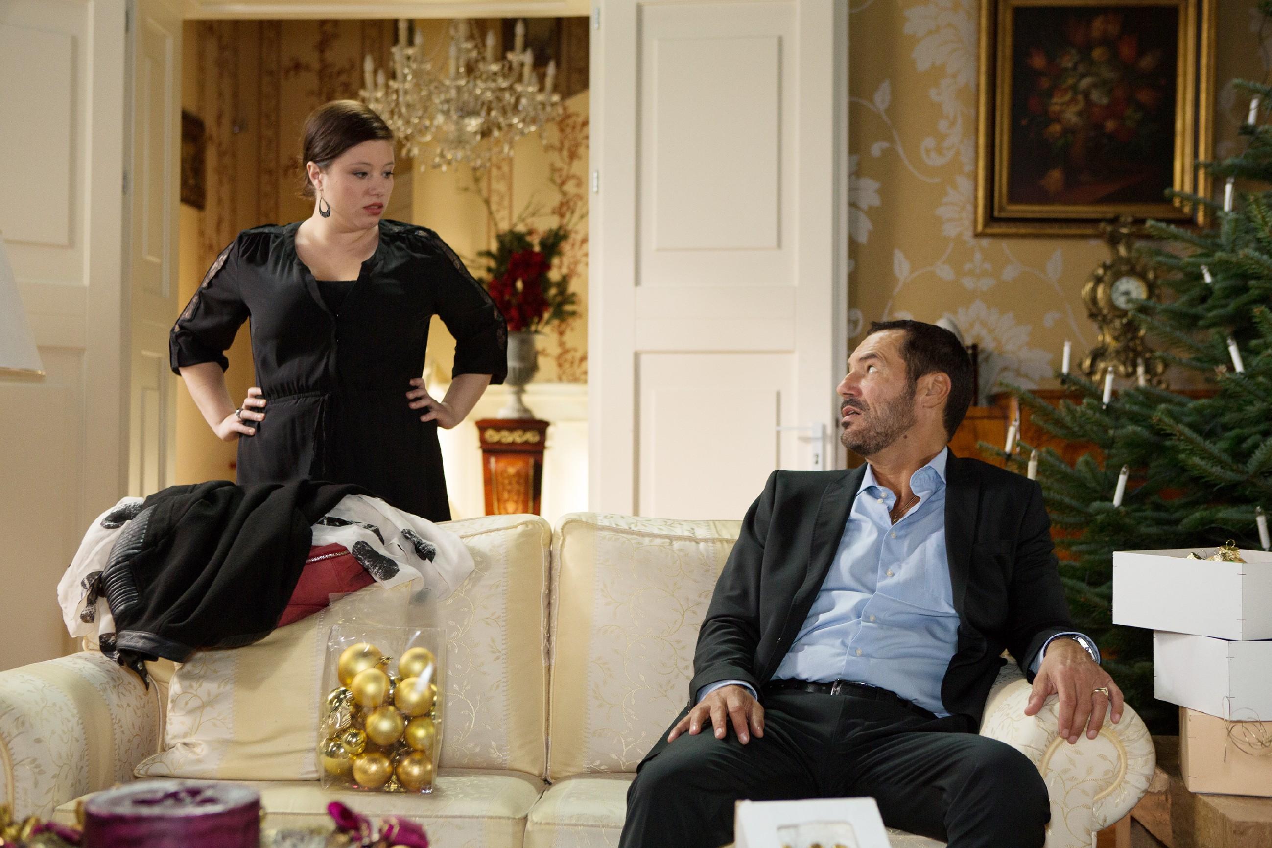 Richard (Sivian-Pierre Leirich) ist traurig, als auch noch Vanessa (Julia Augustin) wegfährt. (Quelle: RTL / Michael Böhme)