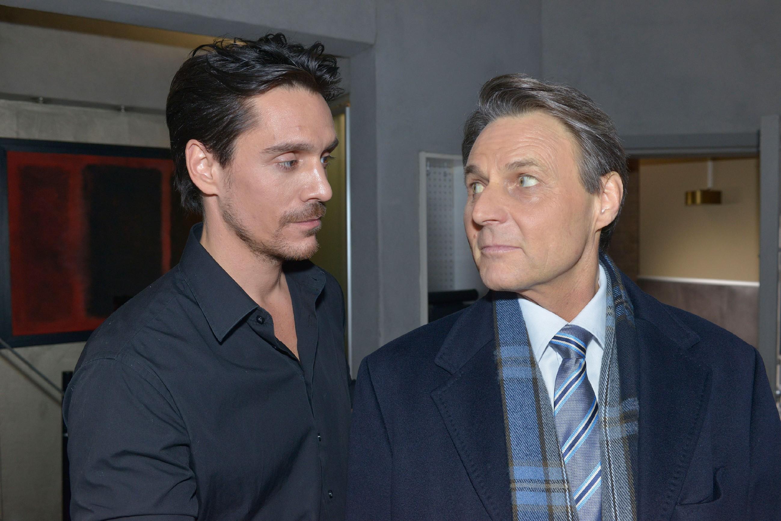 Gerner (Wolfgang Bahro, r.) wird klar, dass er David (Philipp Christopher) unter Kontrolle bringen muss und bietet ihm einen Deal an, mit der Warnung, sich nie wieder mit ihm anzulegen... (Quelle: RTL / Rolf Baumgartner)