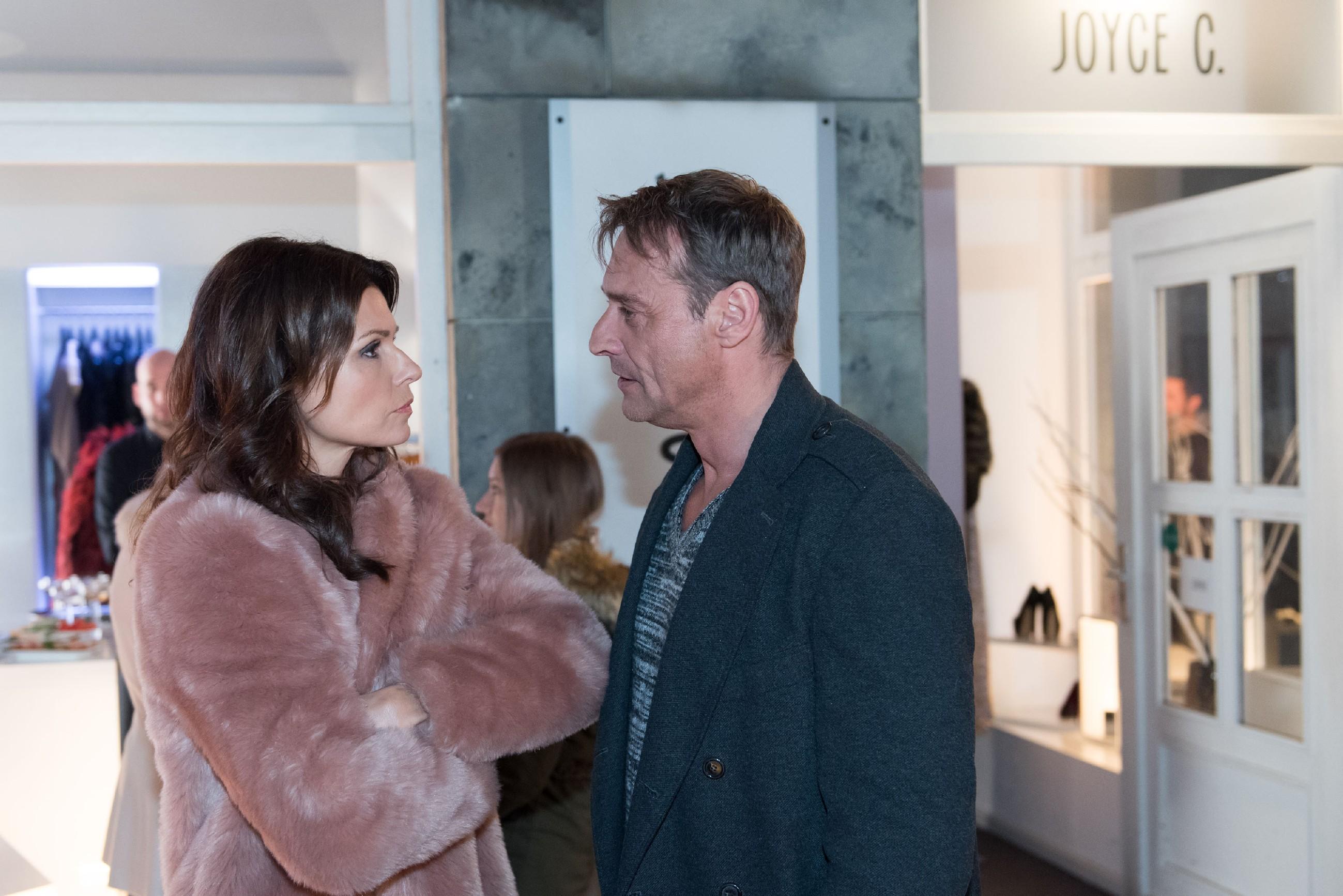 Als Rufus (Kai Noll) Britta (Tabea Heynig) wegen Lotta zur Rede stellt, ist deren Reaktion alles andere als einsichtig... (Quelle: RTL / Stefan Behrens)
