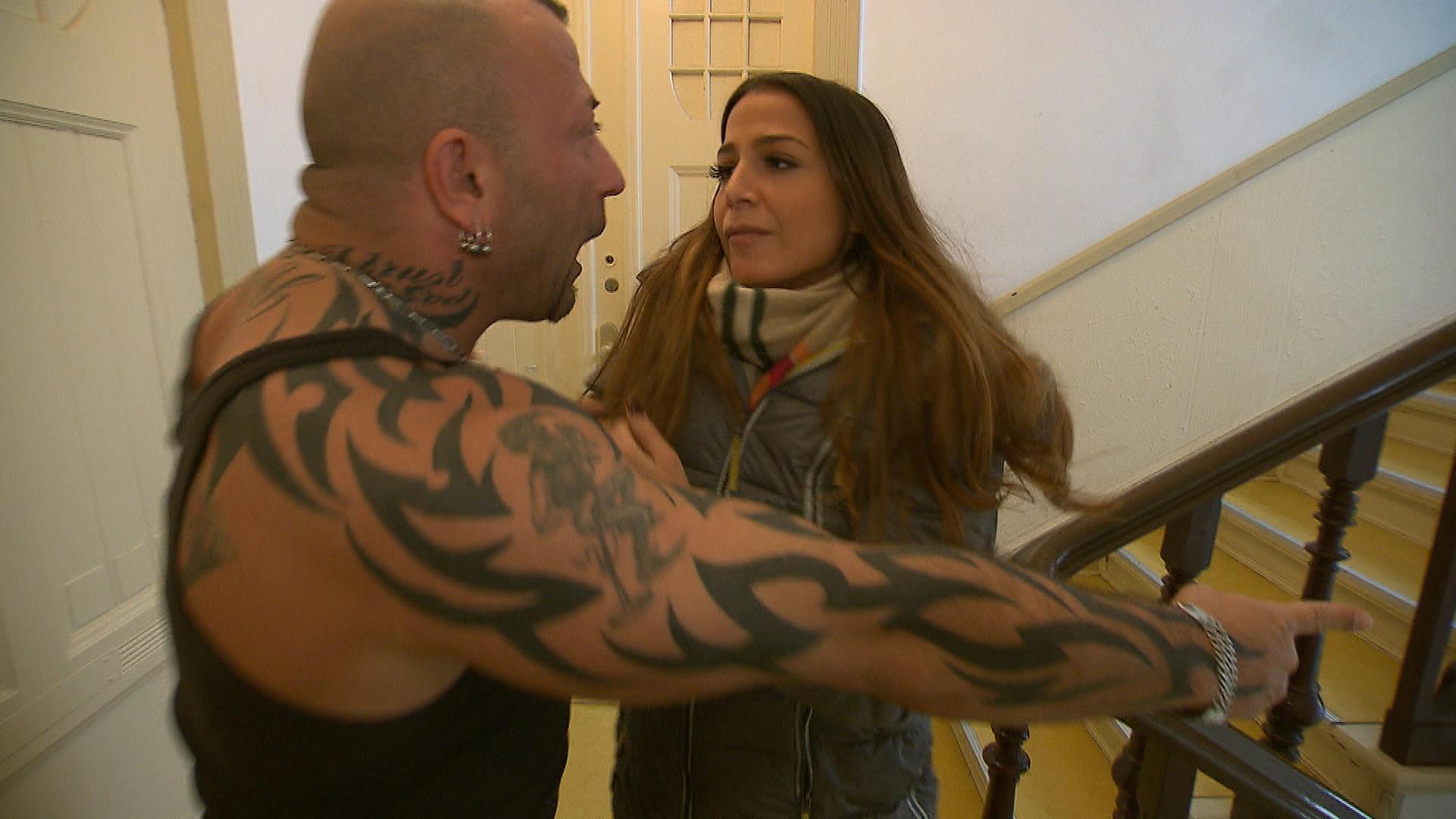 Alessia kehrt gestärkt aus dem Wochenende zurück und will um Fabrizio kämpfen. Doch ihr Auftauchen provoziert ihn so sehr, dass er Alessia grob vor die Tür setzt. (Quelle: RTL 2)