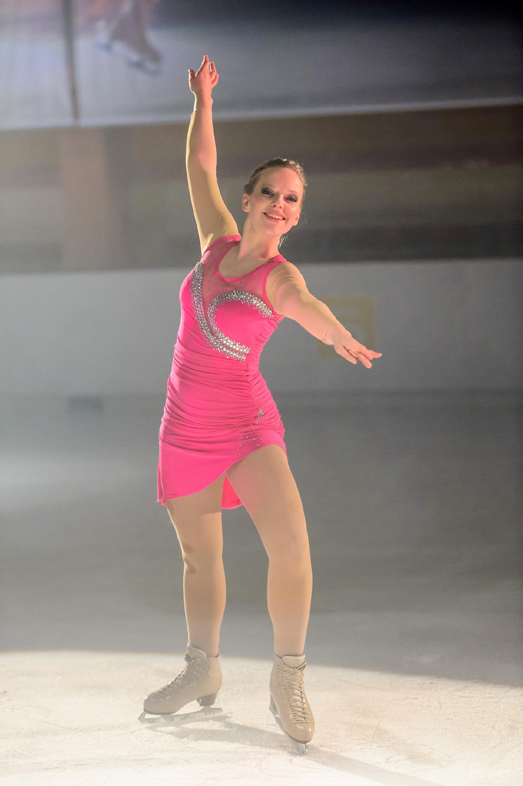 Marie (Judith Neumann) hat auf die leistungssteigernde Substanz von Jenny verzichtet und möchte allen beweisen, dass sie auch ohne Doping die Qualifikation zur Deutschen Meisterschaft packt. (Quelle: RTL / Willi Weber)