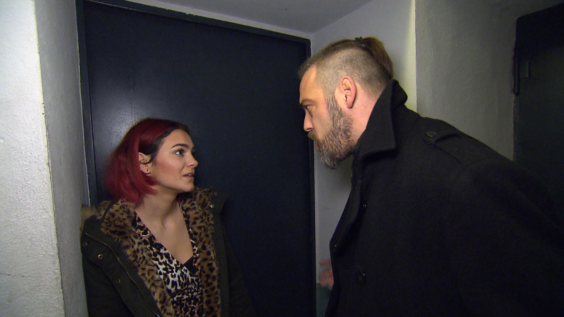 Jessica verabredet sich erneut mit Theo (Quelle: RTL 2)