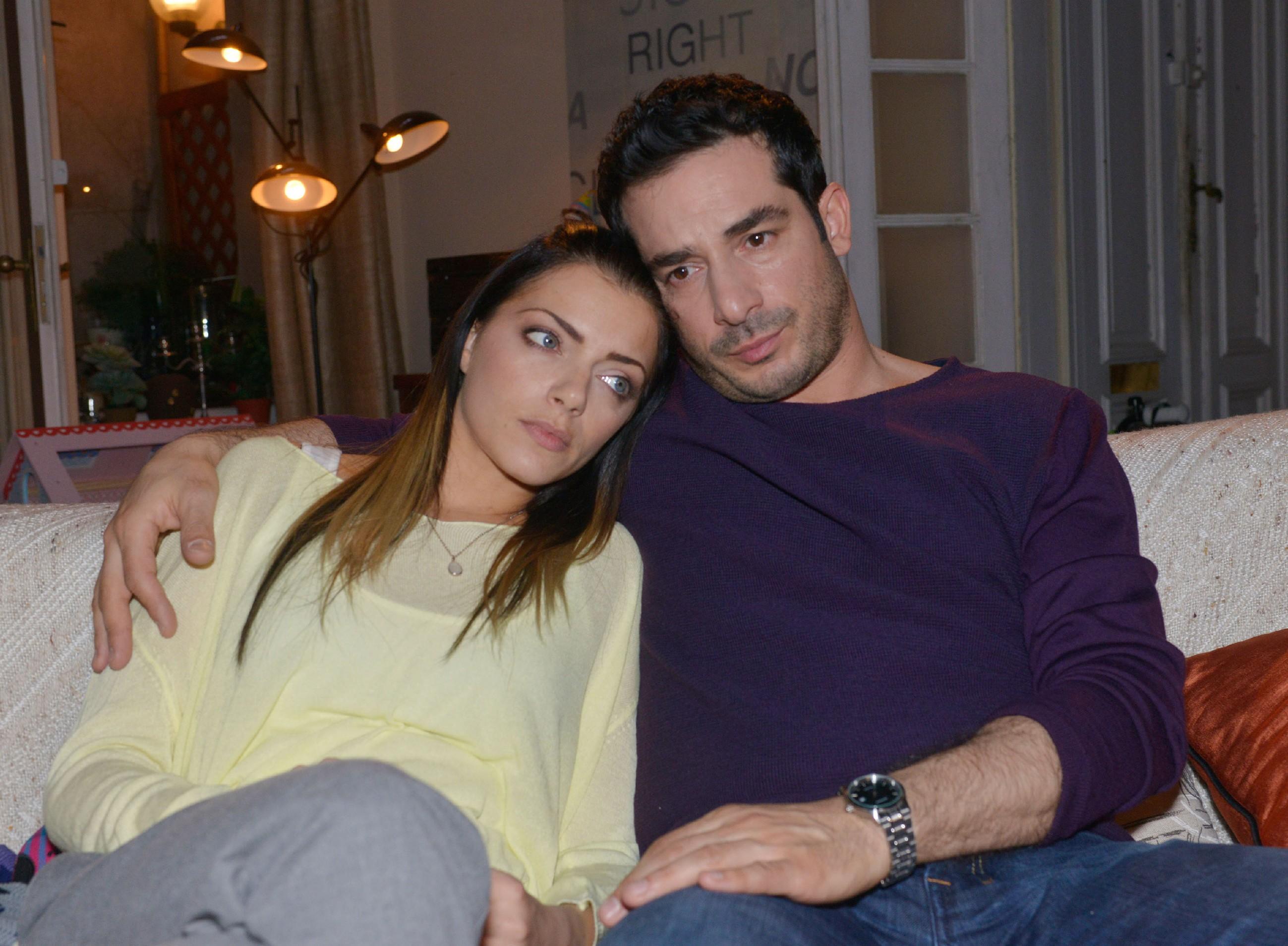Emily (Anne Menden) wird schmerzlich bewusst, wie sehr auch Tayfun (Tayfun Baydar) leidet, weil er ihre Emotionen weder erkennen noch erwidern kann... (Quelle: RTL / Rolf Baumgartner)