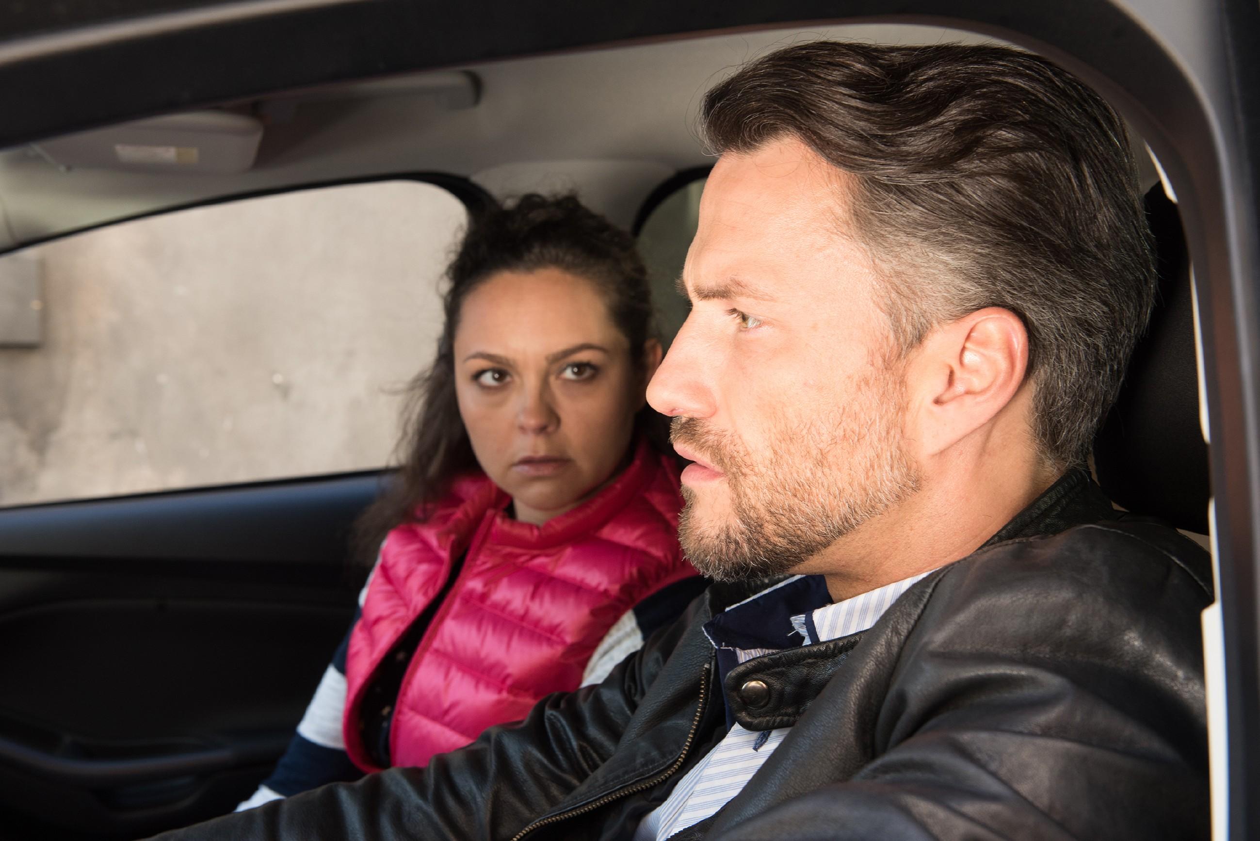 Maltes (Stefan Bockelmann) Vorfreude auf ein Kind wird von Caro (Ines Kurenbach) ausgebremst, als sie plötzlich den zweiten Befruchtungsversuch verweigert. (Quelle: RTL / Stefan Behrens)