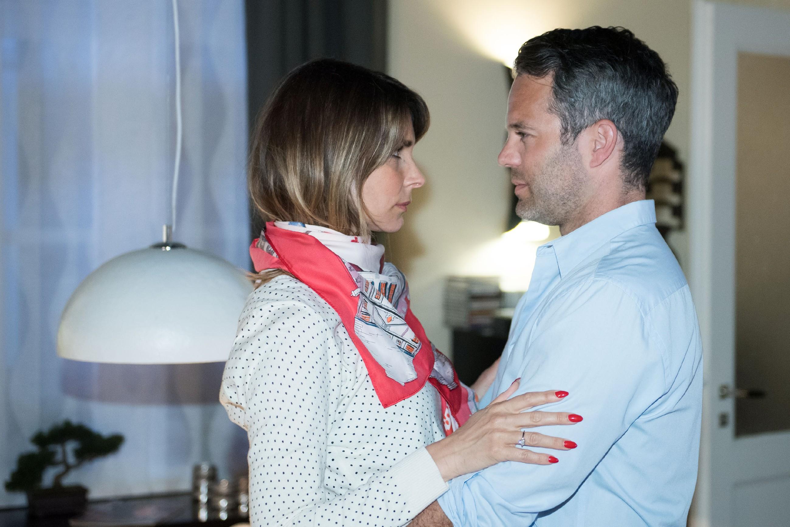 Wird Eva (Claudelle Deckert) ihrer Ehe mit Till (Ben Ruedinger) noch eine Chance geben? (Quelle: RTL / Stefan Behrens)