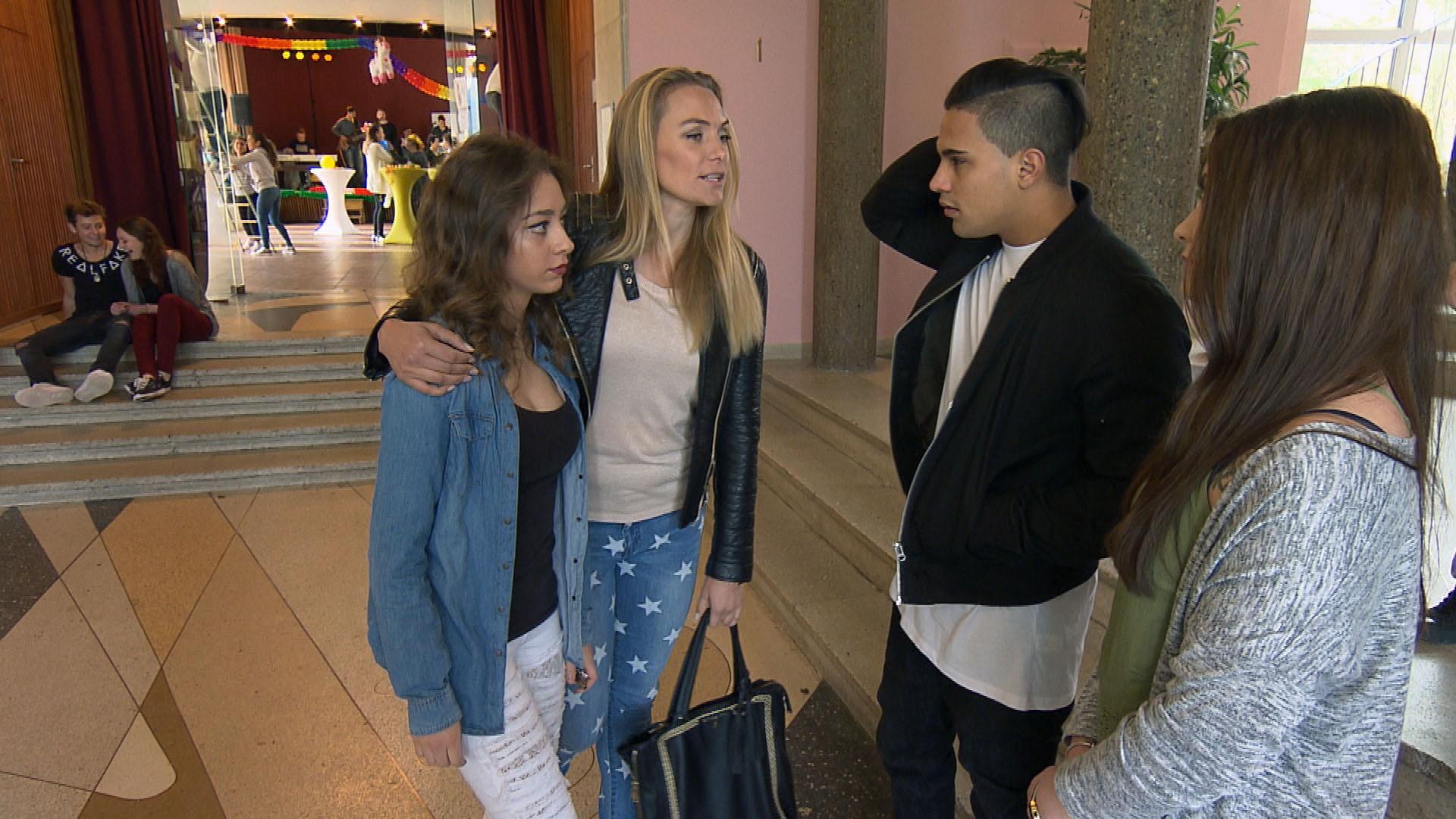 Elli,li., Inka,Mi., Chico,re. (Quelle: RTL 2)