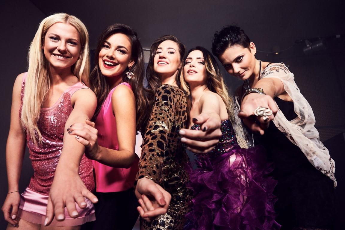 Valentina Pahde, Janina Uhse, Elena Garcia Gerlach, Anne Menden, Linda Marlen Runge (v.l.)
