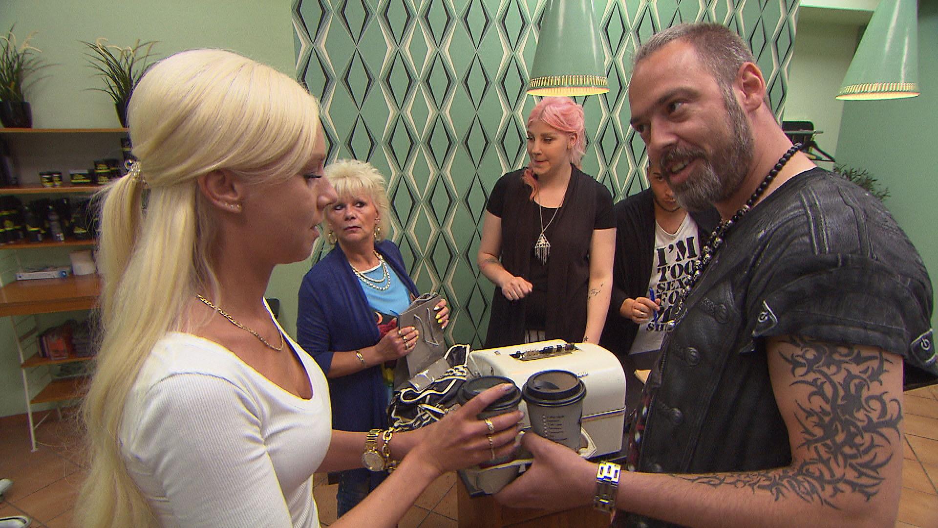 Peggy+Inge+Paula+Rick+Theo (Quelle: RTL 2)