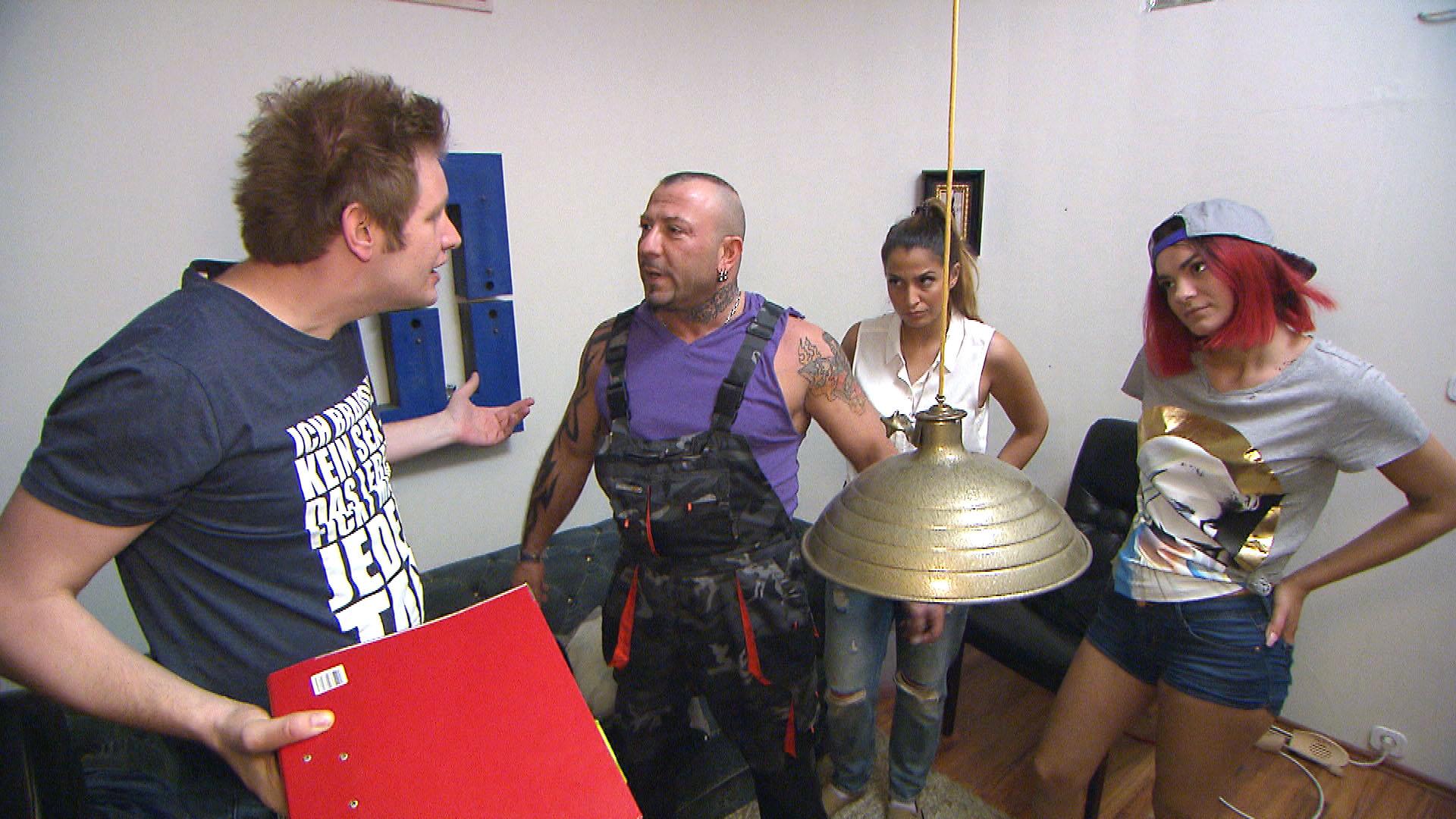v.l.n.r.: Ole, Fabrizio, Alessia, Jessica (Quelle: RTL 2)