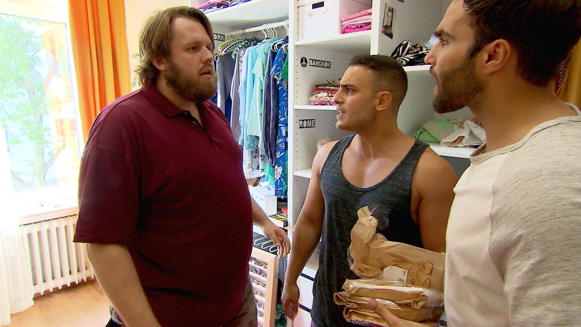 Cem,Mi., ist erschüttert, dass Jan,li. den Rest seines Lebensmutes verloren hat Diego,re. (Quelle: RTL 2)