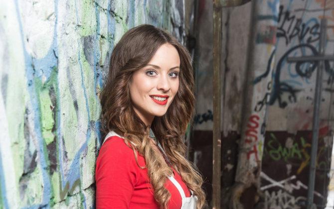 Sarah Bock überrascht nach BTN-Aus mit neuem Style