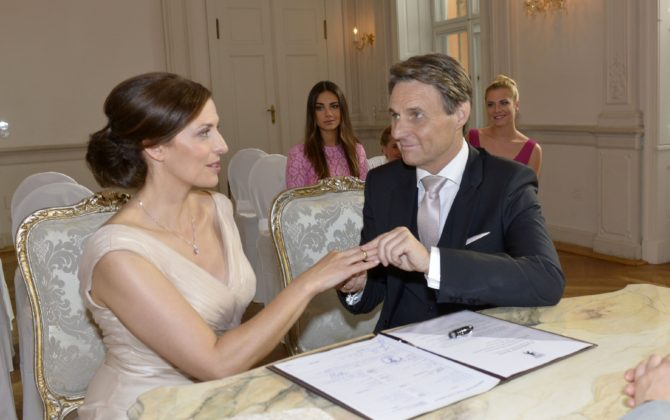 """Bei GZSZ läuten die Hochzeitsglocken: Sagt Katrin wirklich """"Ja""""?!"""