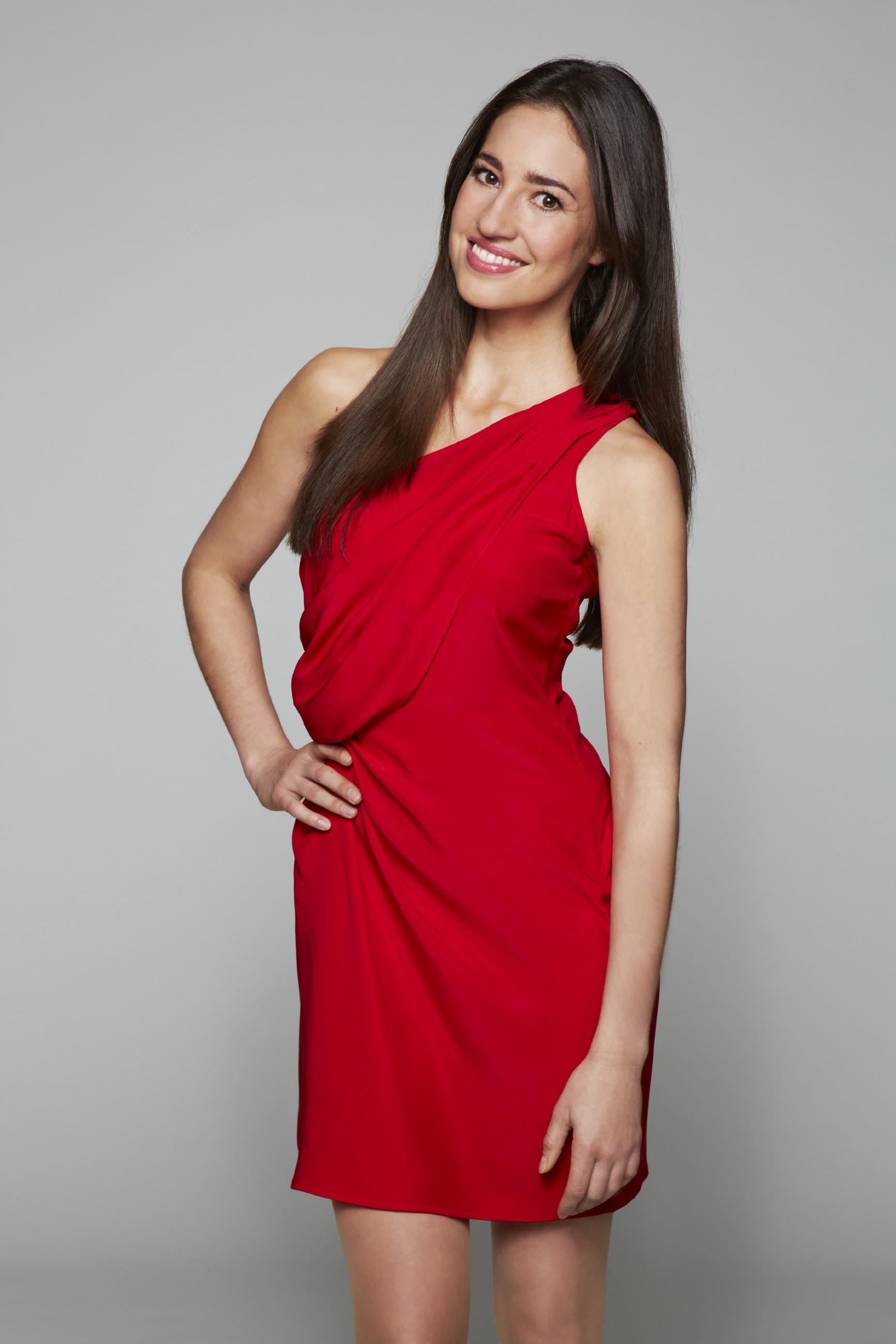 Elena Garcia Gerlach spielt Elena Castillo