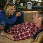 Diana (Tanja Szewczenko) erzählt Ingo (André Dietz) von Jennys Friedensangebot. (Quelle: RTL / Kai Schulz)