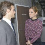 Als Felix (Thaddäus Meilinger) und Sunny (Valentina Pahde) wegen Chris streiten, rutscht Felix heraus, dass Chris Gefühle für Sunny hat. (Quelle: RTL / Rolf Baumgartner)