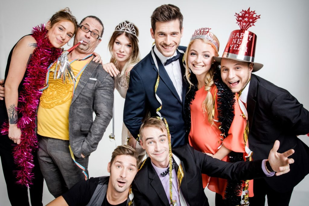 Alina, Piet, Nina, Daniel, Miri, Krätze, Leon, Schmidti
