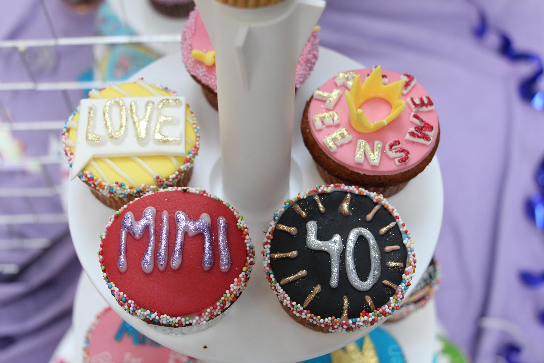 Unter-Uns-Mimi-Fiedler-40-Geburtstag-Torte-3