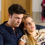 Ben (Jörg Rohde) verschweigt Iva (Christina Klein) seinen Verdacht, dass Matthias der Stalker sein könnte. (Quelle: RTL / Willi Weber)