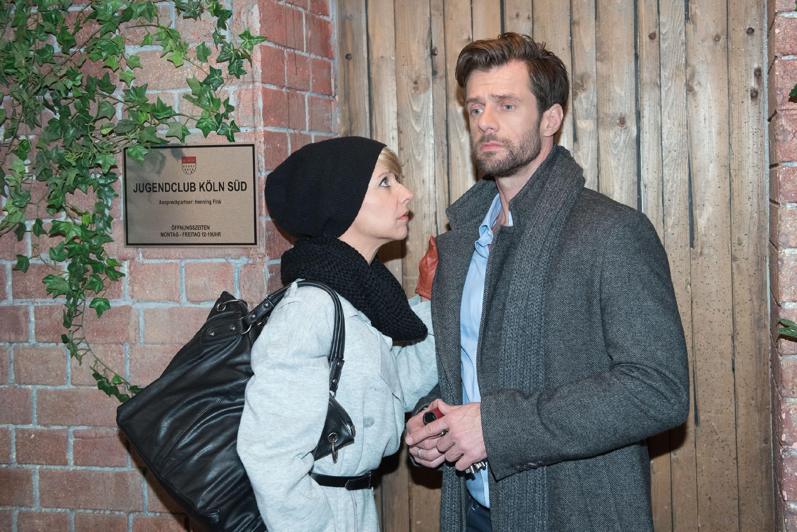 Während Ute (Isabell Hertel) glücklich glaubt, dass Henning (Benjamin Kiss) und sie auf dem besten Wege sind, ihre Ehe-Probleme wieder in den Griff zu bekommen, kämpft dieser nach dem Sex mit Ricarda Schätzke mit seinem schlechten Gewissen... (Quelle: RTL / Stefan Behrens)