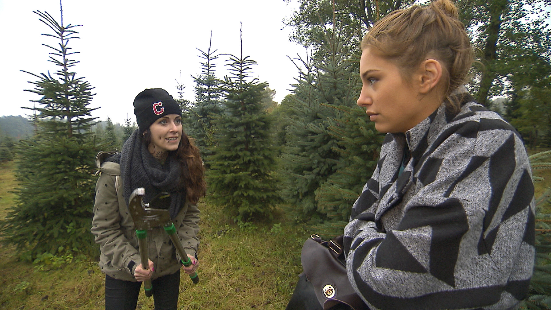 Caro (li.) und Milla (Quelle: RTL 2)