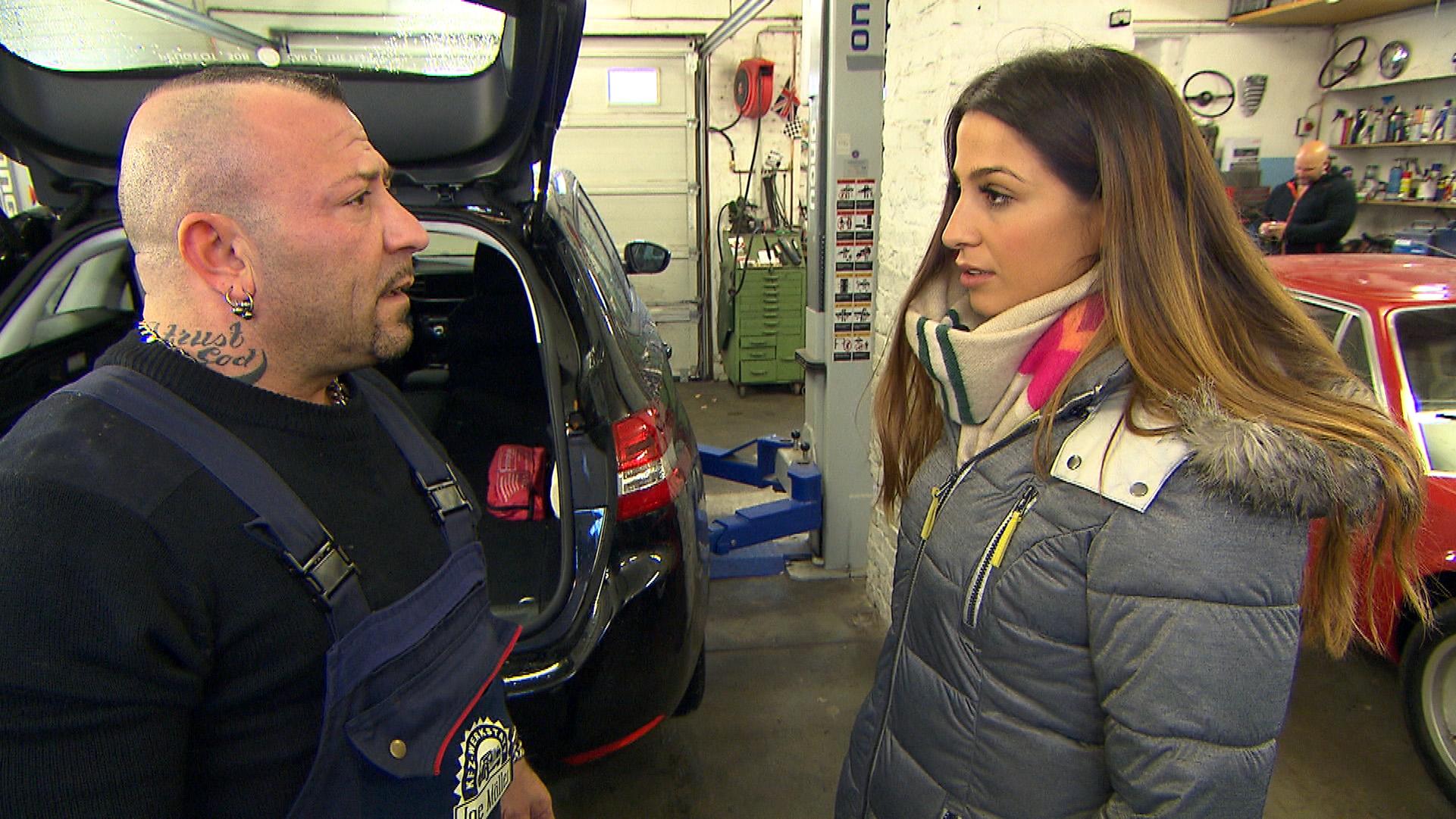 Alessia bekommt am Morgen durch Zufall mit, wie Fabrizio vor ihrem Bruder über seine Gefühle für Alessia spricht. Alessia gerät ins Grübeln und hofft auf eine Versöhnung mit Fabrizio. (Quelle: RTL 2)