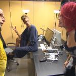 Als Jessica (re.) sich schließlich Millas Kostüm unter den Nagel reißt, kommt es zum Eklat... (Foto: Piet, Milla, Jessica) (Quelle: RTL 2)