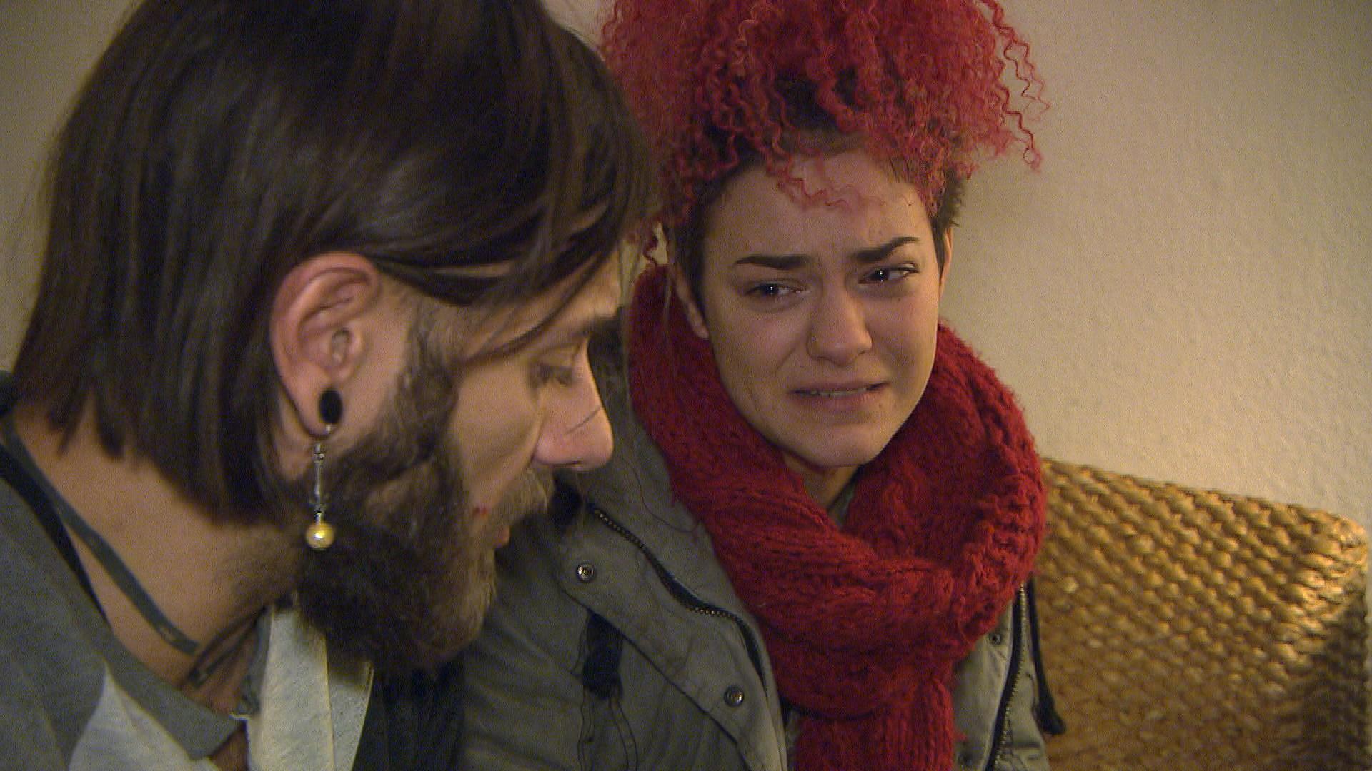 Jessica hat die Nase voll von Andi und Marc und beschließt, endlich mit den Drogen abzuschließen. (Quelle: RTL 2)