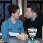 Zu Caros (Ines Kurenbach) Erstaunen reagiert Malte (Stefan Bockelmann) erleichtert auf ihre Kündigung in der Kanzlei. (Quelle: RTL / Stefan Behrens)