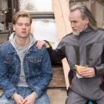 Robert (Luca Maric, r.) glaubt stolz, einen guten Einfluss auf Valentin (Aaron Koszuta) zu haben. (Quelle: RTL / Stefan Behrens)
