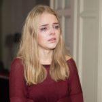 Fiona (Olivia Burkhart) ist nicht fähig, die Schuld für das Scheitern der Beziehung bei sich zu sehen. (Quelle: RTL / Stefan Behrens)