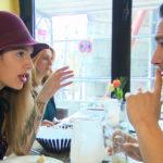 In Leons,re. Augen läuft die Beziehung mit Milla,li., richtig gut, zumal sie alles zu tun scheint, was Leon will. (Quelle: RTL 2)