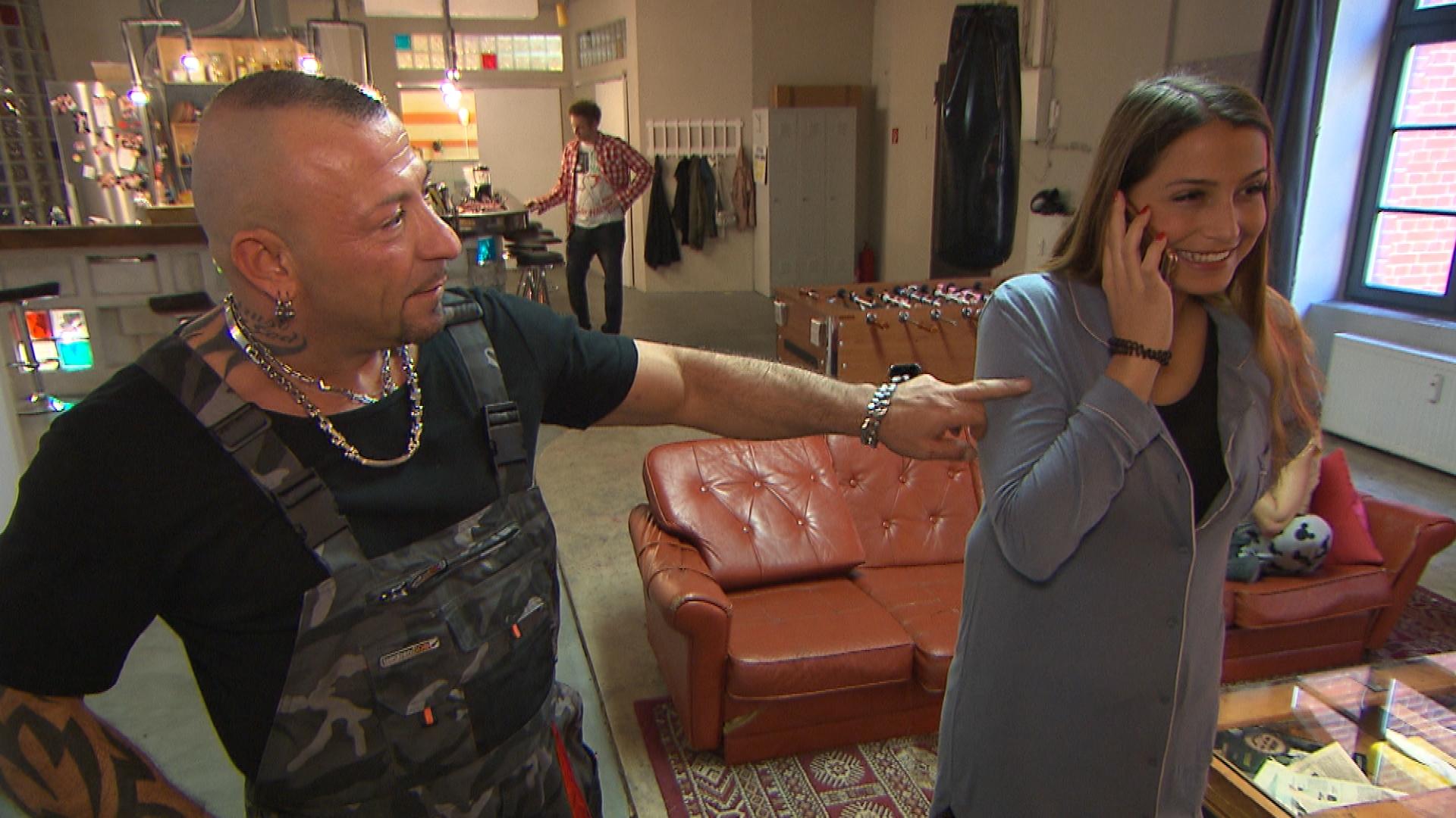 Fabrizio,li. Jessica,re. (Quelle: RTL 2)