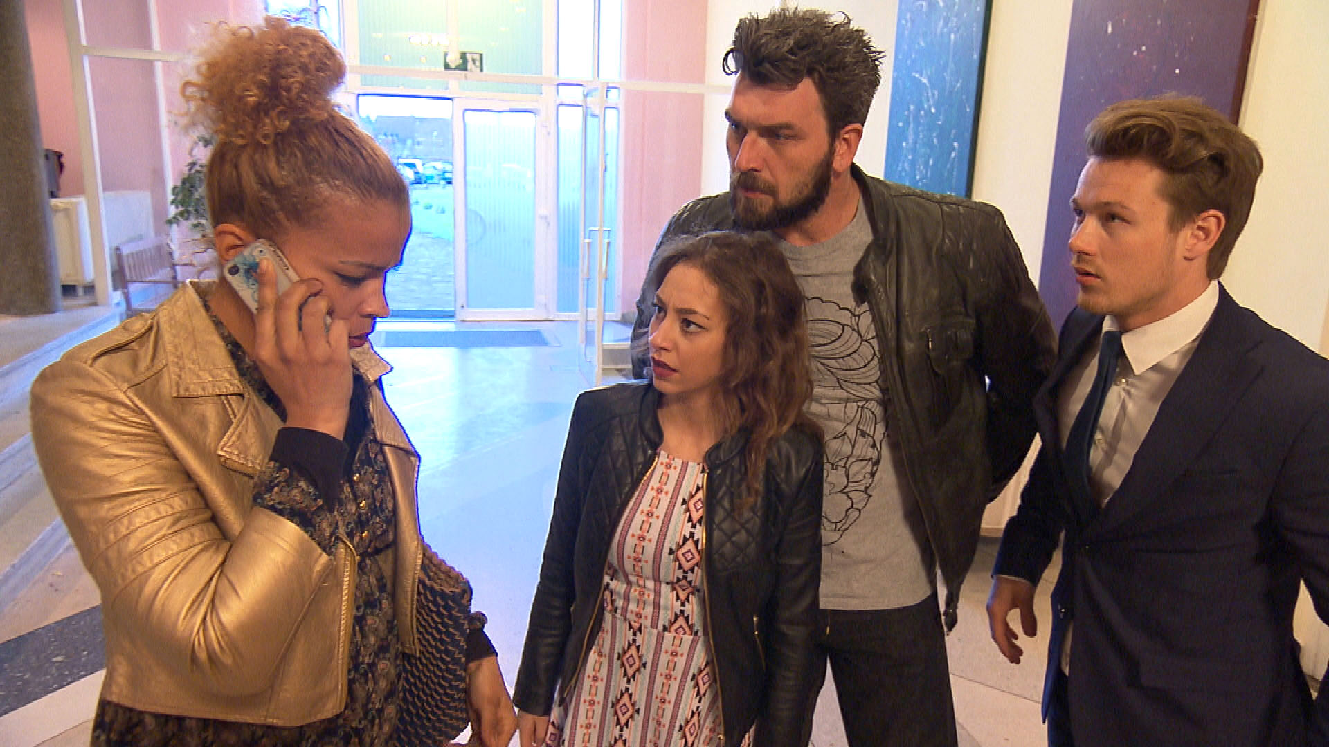 v.li.n.re.: Sam, Elli, Alex, Valentin (Quelle: RTL 2)
