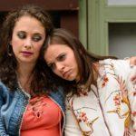 Carmen (Heike Warmuth, l.) erkennt, dass sich Michelle (Franziska Benz) ihren Fehler nicht eingestehen will. (Quelle: RTL / Willi Weber)