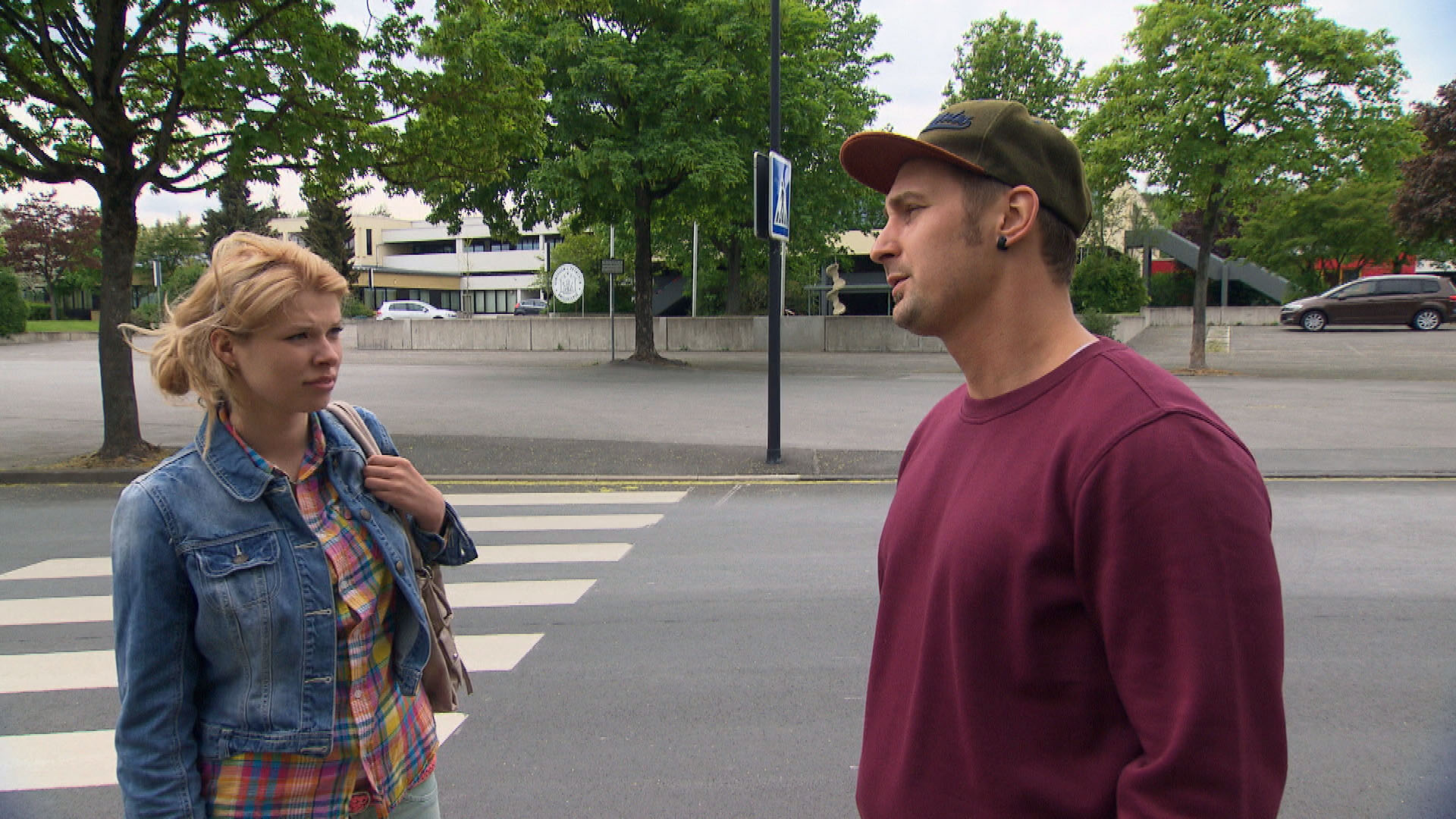 Nina,li. Leon,re. (Quelle: RTL 2)