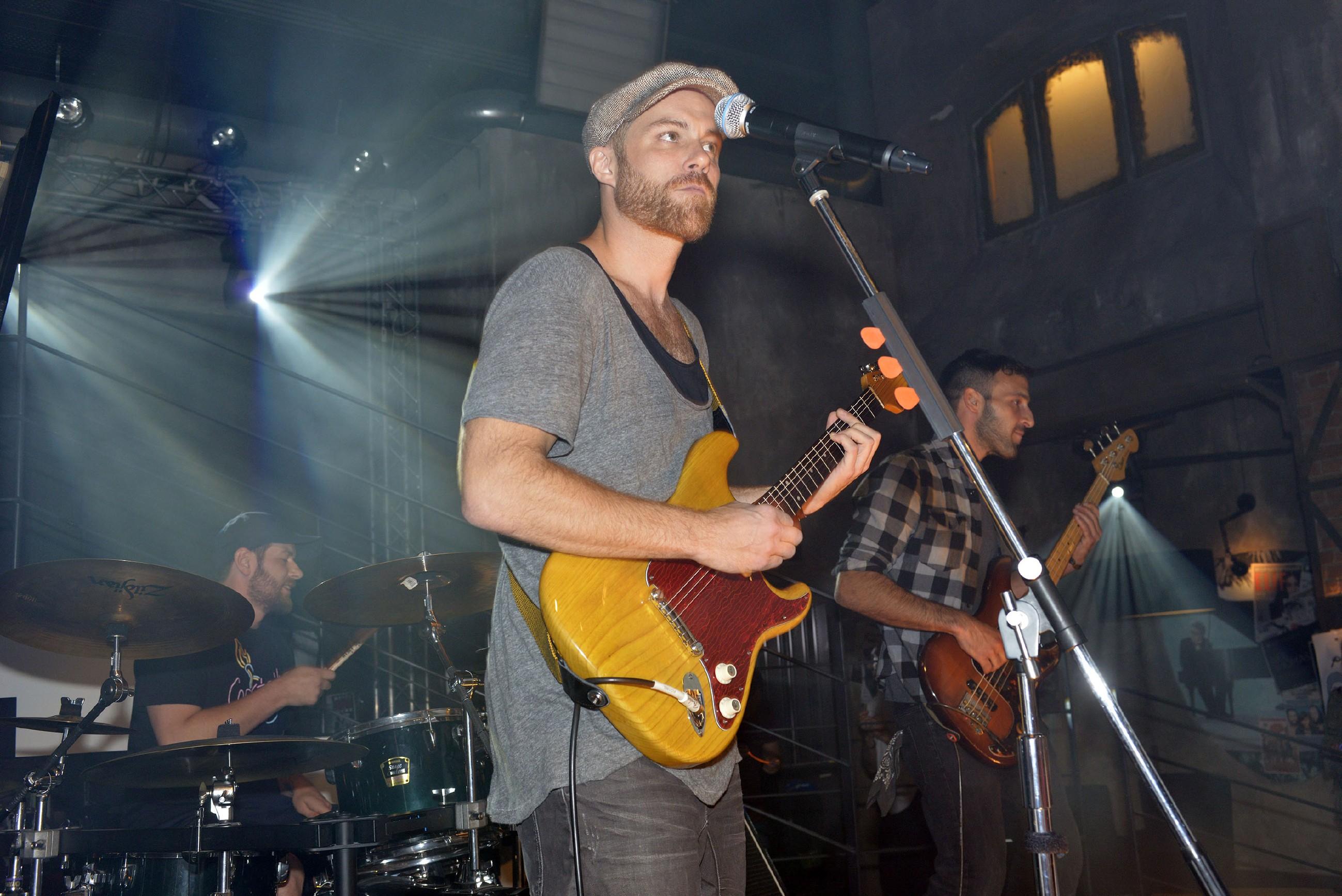 """Die Band """"Pieska"""" gibt ein Konzert im Mauerwerk. (Quelle: RTL / Rolf Baumgartner)"""