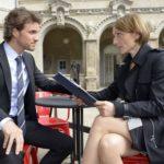 Felix (Thaddäus Meilinger) kann nicht begreifen, dass Rosa (Joana Schümer) seinem Bruder Chris plötzlich Verständnis entgegenbringt. (Quelle: RTL / Rolf Baumgartner)