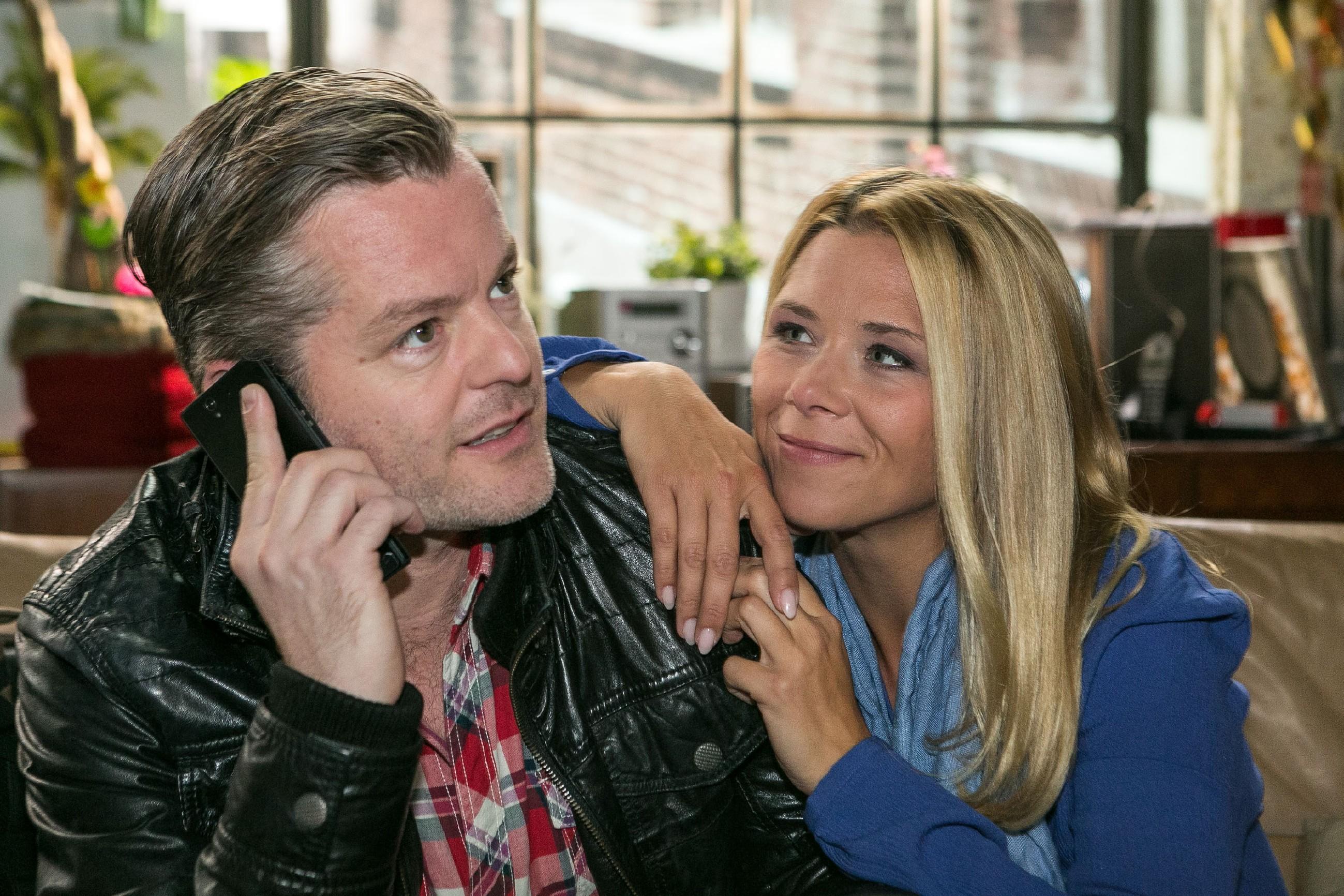 Ingo (André Dietz) und Diana (Tanja Szewczenko) genießen ihr wiedergefundenes Glück. (Quelle: RTL / Kai Schulz)