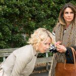 Als Ute (Isabell Hertel, l.) bei einer Begegnung mit Eva (Claudelle Deckert) unter Schmerzen zusammenbricht, glaubt Eva an eine Retourkutsche... (Quelle: RTL / Stefan Behrens)