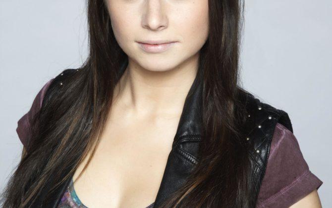 GZSZ Star Senta-Sofia Delliponti als Disneys Pocahontas!