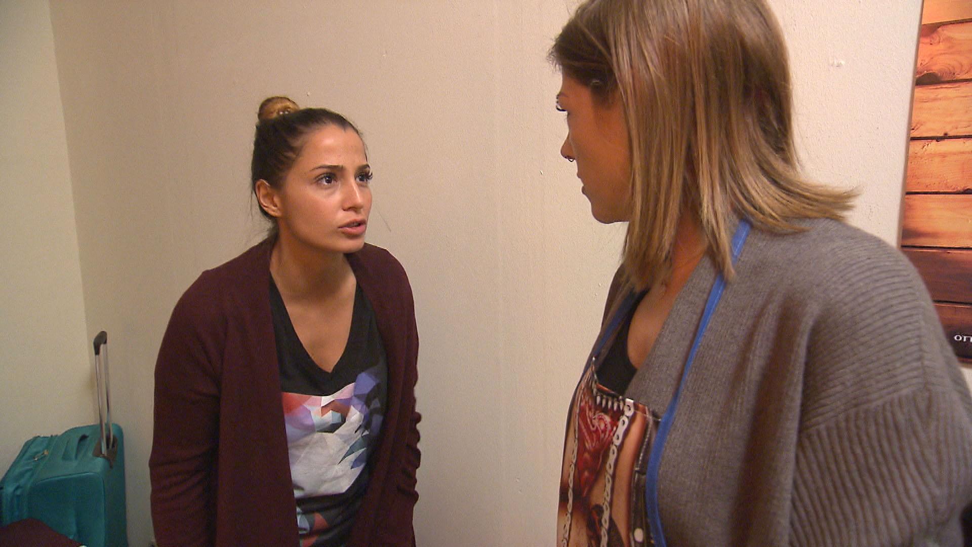 Alessia und Alina (re.) streiten sich... (Quelle: RTL 2)