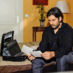 Maximilian (Francisco Medina) ist zuversichtlich, seinen Teil des Deals zu erfüllen. (Quelle: RTL / Julia Feldhagen)