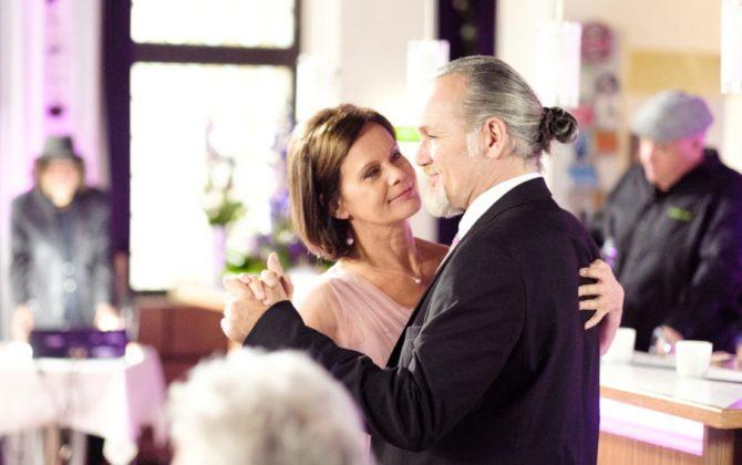 Unter uns: Robert & Irene – so romantisch wird die Hochzeit!