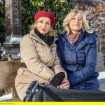 ARD STURM DER LIEBE FOLGE 2658, am Donnerstag (30.03.17) um 15:10 Uhr im ERSTEN. Beatrice (Isabella Hübner, l.) spielt Charlotte (Mona Seefried, r.) weiterhin die liebende Schwester vor. (Quelle: ARD/Christof Arnold)